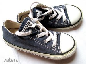Converse tornacipő UK 10 Eur 26 Belső hossza 16,5 cm
