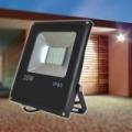 30W CREE LED reflektor / Energiatakarékos fényvető 30W=~240W