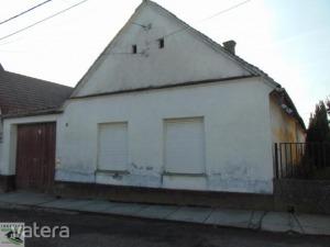 Családi ház Dunaszekcső