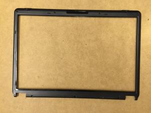 Hyrican Clevo M67SU kijelző keret - 6-39-M67U1-013