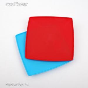 Műanyag szögletes lapos tányér nagy 23x23 cm
