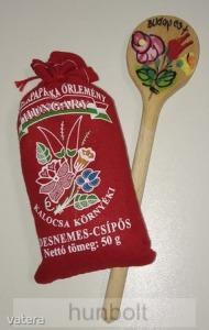 50 gr kalocsai csípős paprika, kalocsai festett fakanál