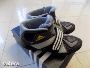Adidas fiú birkózó cipő 36 2/3-os - 4400 Ft - (meghosszabbítva: 2870130785) Kép