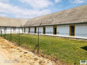 Raktárhelyiség Raktárak Veszprém Szabadság lakótelep