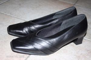 ÚJ ARANY SZÍNŰ BŐR - Egyéb magassarkú cipők - árak a6b632fc30