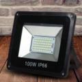 100W SMD LED reflektor (50.000 üzemóra, por- víz- és ütésálló)