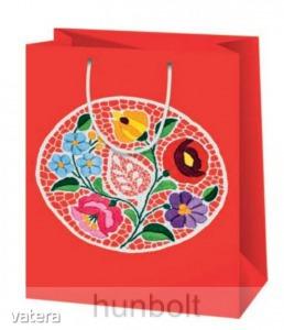 Kalocsai terítős piros lakk dísztasak (ajándék tasak)- 21x16 cm