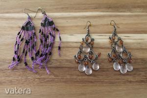 Barna színű és lila-fekete színű gyöngyös fülbevalók egyben.