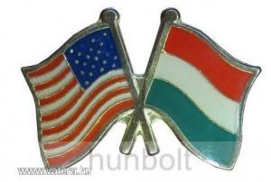 Kitűző, páros zászló USA -Magyar jelvény 26x15 mm